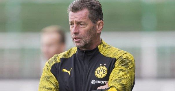 Borussia Dortmund U19 teknik direktörü Michael Skibbe ile yollarını ayırdı